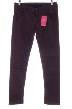 Guess Pantalone a sigaretta rosso mora stile semplice