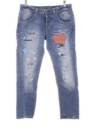 Guess Röhrenjeans stahlblau-weiß Herzmuster 90ies-Stil