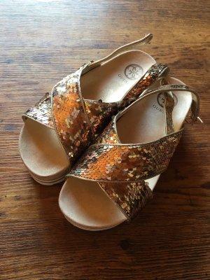 Guess Sandalias con plataforma color oro-blanco