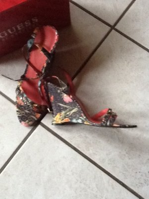 Guess Sandalen  gr.41 guter Zustand selten getragen