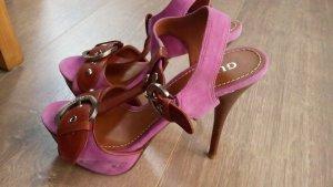 Guess Sandalias con plataforma marrón-rosa