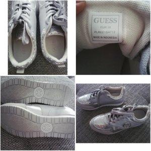GUESS Schuhe in Silber