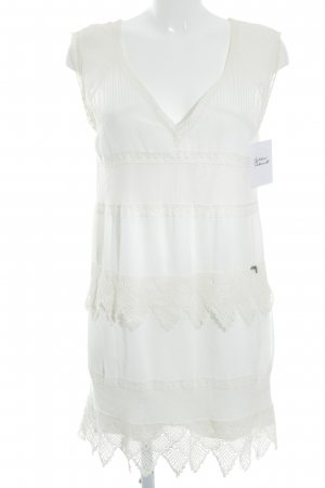 Guess schulterfreies Kleid hellbeige-weiß Beach-Look