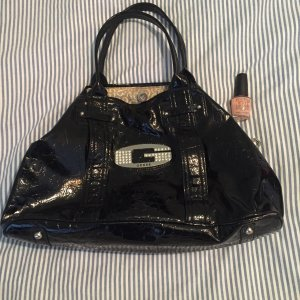 Guess Schwarze Handtasche