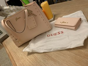 Guess Shopper or rose