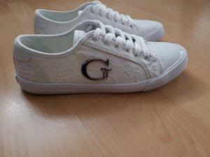 GUESS shoes Suze 41