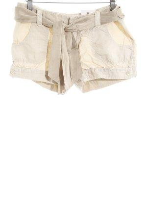 Guess Shorts crema look casual