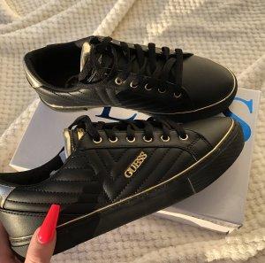 GUESS Sneaker low