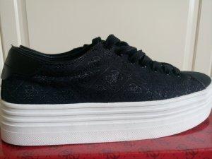 Guess Sneakers Gr. 38.5 ***NEU*** Letzter Preis