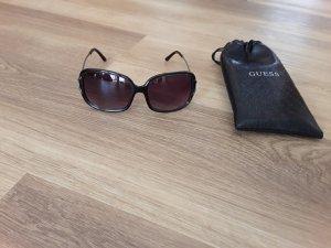 Guess Sonnenbrille mit Etui
