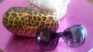 Guess Square Glasses black-pink