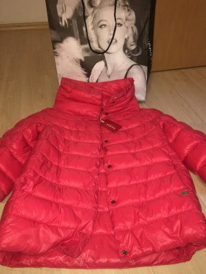 Guess steppjacke! Neu