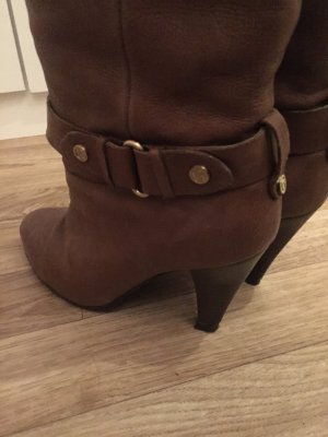 GUESS Stiefel in Cognac