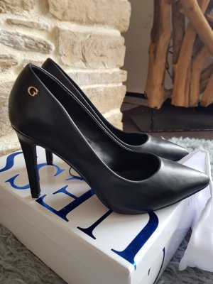 Guess Stiletto Pumps