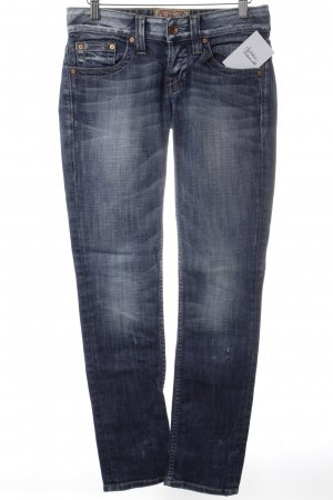 Guess Straight-Leg Jeans stahlblau Street-Fashion-Look