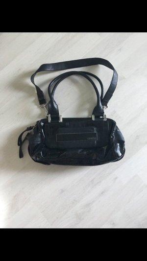 Guess Tasche in schwarz Lack