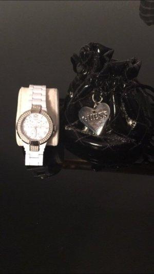 Guess Uhr weiß mit original Tasche