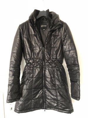 GUESS Winterjacke Größe M - schwarz