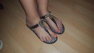 Gummi Flip Flops von ASOS