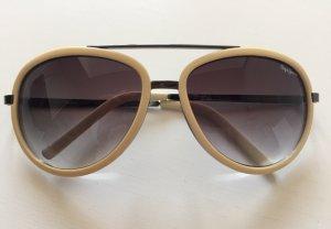 Gut erhalten Pepe Jeans Sonnenbrille. Keine Mängel oder Kratzer.