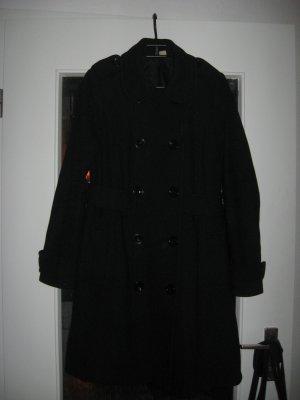 Gut erhaltener schwarzer Mantel