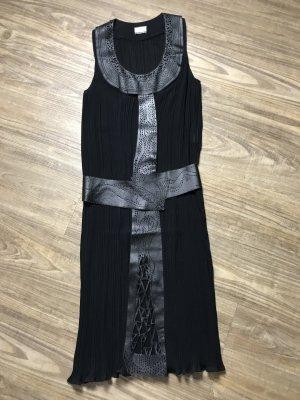 Gut Laroche Kleid schwarz Gr 38