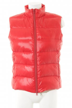 gwynedds Quilted Gilet red casual look