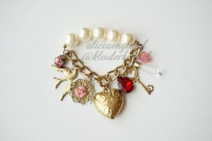 Gyaru Armband aus Japan * Dove, Heart, Locket