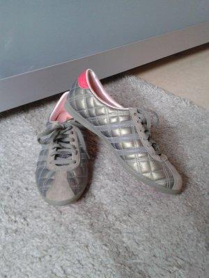 H.F.F. Schuhe von ADIDAS!