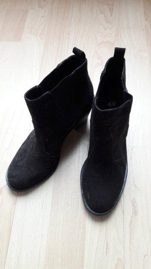 H&M Ankle Boots Chelsea-Stiefelette schwarz Absatz 7cm Gr. 36