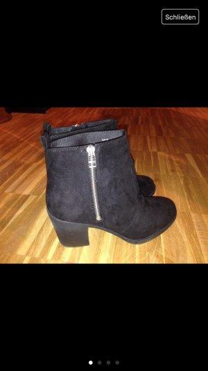 H&M Ankle Boots schwarz Wildleder 39