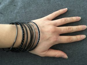 H&M Bangle black metal