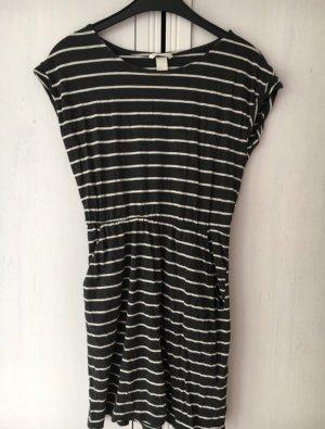 H&M BASIC Kleid