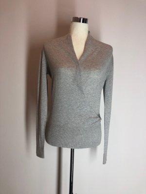 H&M Pull col en V gris clair viscose