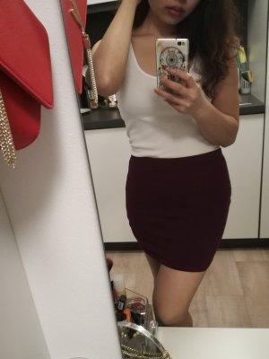 H&M Falda de talle alto rojo oscuro