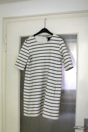H&M Basic - xs - guter Zustand - schwarzweiß gestreiftes Kleid mit Taschen