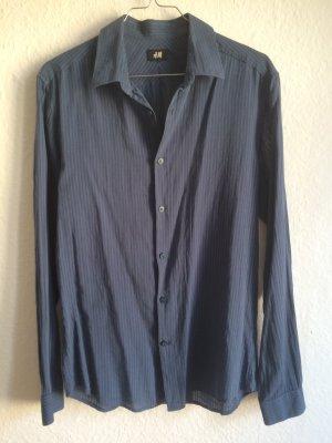 H&M blau-gestreifte, taillierte Hemdbluse aus Baumwolle