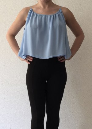 H&M blaues Cropped-Top 36