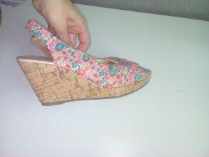 H&M Blümchenwedges Sandaletten