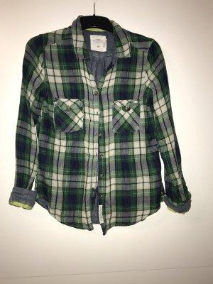 H&M Bluse in grün, weiß kariert in Gr. 38