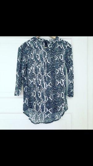 H&M Bluse mit Knöpfen