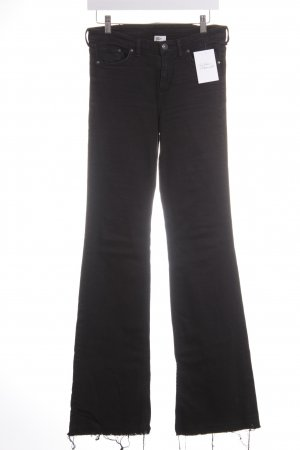 H&M Boot Cut Jeans schwarz Street-Fashion-Look