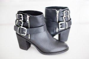 H&M Boots mit Absatz schwarz