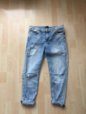 H&M Boyfriend Jeans Destroyed 38 M