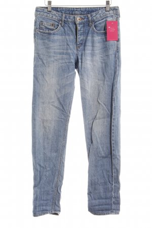 H&M Boyfriendjeans kornblumenblau-blassblau Webmuster Boyfriend-Look