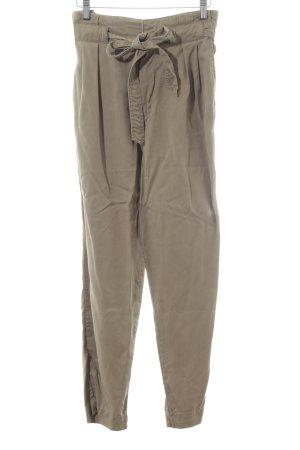 H&M Cargohose khaki Street-Fashion-Look