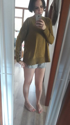 H&M Conscious Collection Pulli Pullover Jumper Strick Knit Feinstrick Olive