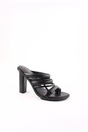 H&M Conscious Collection Zehen-Sandaletten schwarz Street-Fashion-Look