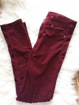 H&M Cordhose Röhren Jeans Skinny bordeaux weinrot 38 M neu
