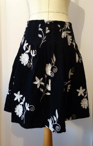H&M Flared Skirt black-white